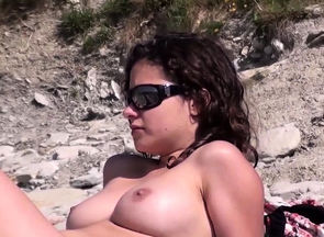 Beach Spycam Amateurs Bare Latinas..