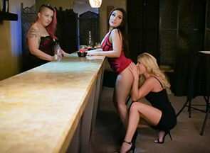 Gabriella Paltrova & India Summer in..