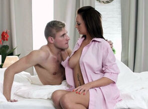 Dutch stunners gives oral pleasure