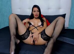 Steamy latina in  begin to take off..